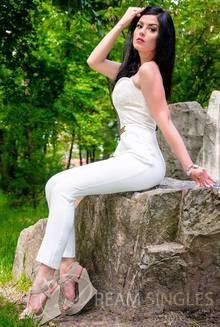 Beautiful Russian Woman Alina from Dnepropetrovsk