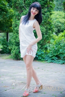 Beautiful Russian Woman Elena from Zhitomir