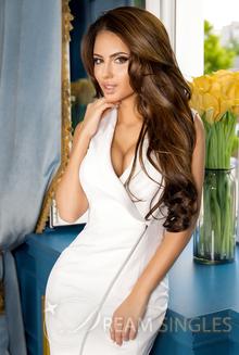 Beautiful Woman Daria from Kharkov