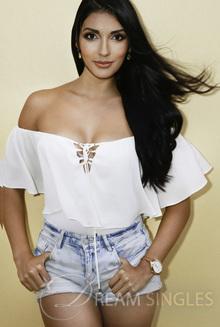 Beautiful Woman Jeanette Itzel from Playa del Carmen