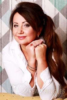 Beautiful Russian Woman Larisa from Saint Petersburg